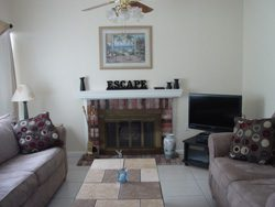 2 Bed / 1.5 Bath Townhouse