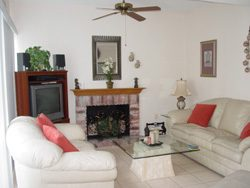 2 Bed / 1.5 Bath Waterfront Townhouse